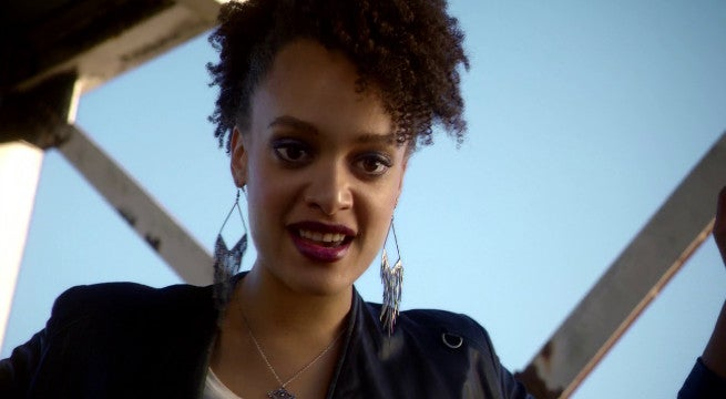 The Flash Season Premiere Peek A Boo Britne Oldford