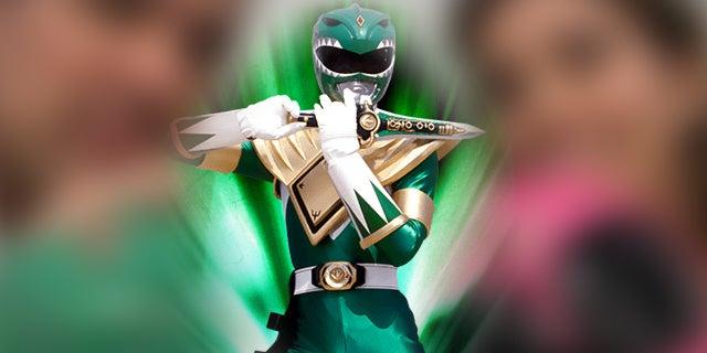 Green-Ranger-Pink-Ranger-Reunite