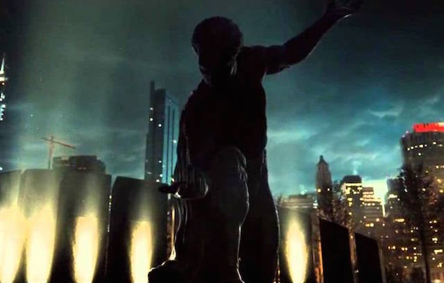 superman-statue