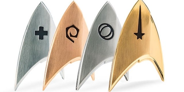 star-trek-discovery-badges-top