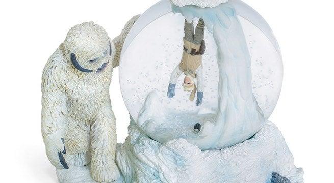 wampa-snow-globe
