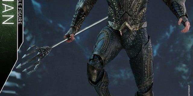 Hot Toys - Justice League - Aquaman collectible figure_PR2
