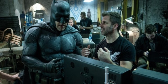 justice-league-zack-snyder-behind-the-scenes-photo-amazons