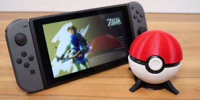 this poke ball nintendo switch cartridge case is easy to create