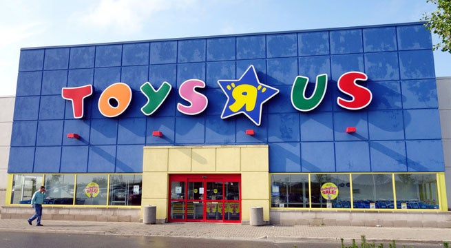 """Toys-R-Us"""" title = """"Toys-R-Us"""" height = """" 360 """"width ="""" 655 """"data item ="""" 1041542 """"/>    <figcaption> (Photo: Toys R Us) </figcaption></figure> <p>  The sublime feeling passed quite, especially when the first picture of the new Geoffrey's Toy Box was discovered. </p> <blockquote class="""