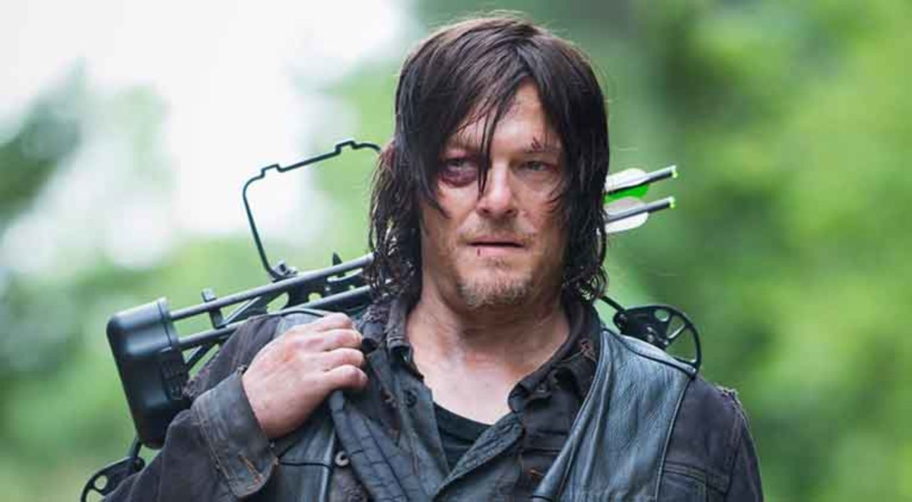 the walking dead s norman reedus addresses if daryl is turning on rick
