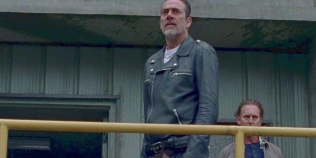 Walking Dead Season 8 Premeire Negan Almost Dies