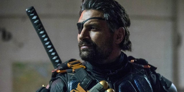Arrow Season 6 Promises Kept Deathstroke Flashbacks