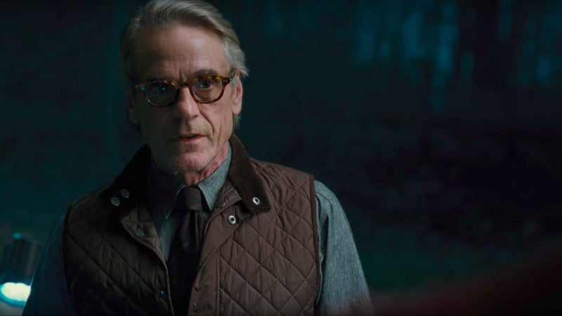 Justice League Deleted Scenes - Alfred Talks to Superman