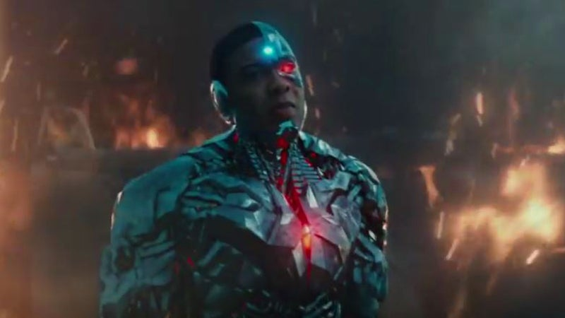 Justice League Deleted Scenes - Cyborg Saves Cop from Tank