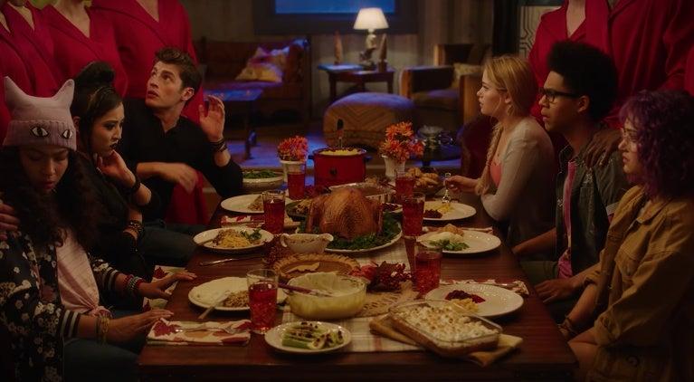 runaways-hulu-marvel-thanksgiving-promo