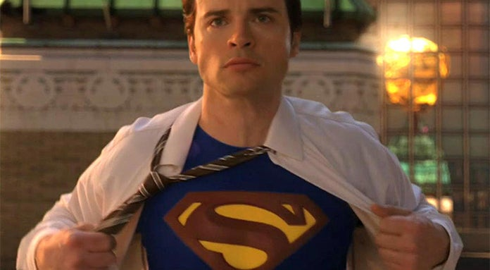 smallville tom welling no superman suit