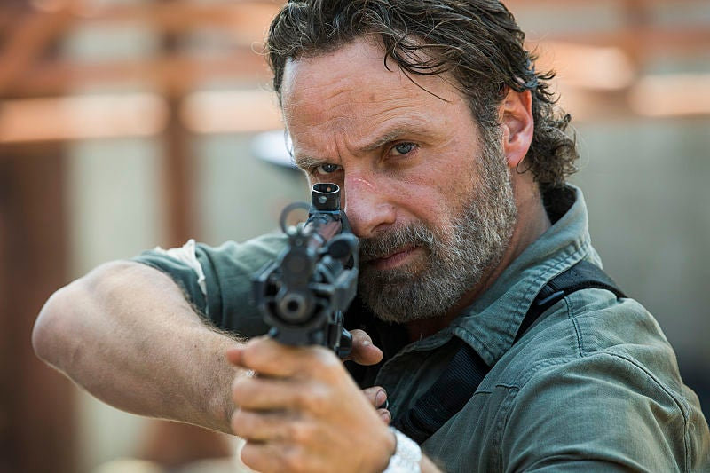 "tw rick 801 ""title ="" tw rick 801 ""height ="" 533 ""width ="" 800 ""Data Element ="" 1060569 ""/>    <figcaption> (Photo: Gene Page / AMC) </figcaption></figure> <p>  Season Eight Began With <em> The Walking </em><em>  Dead </em><em>  Dead [19659002] Dead </em><em></em> 's 100th Episode </p><div><script async src="