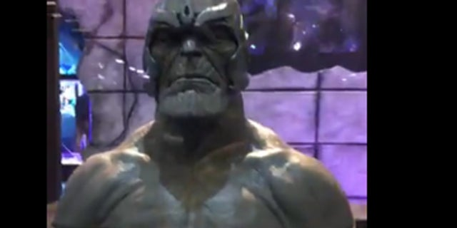 Avengers Infinity War Thanos Helmet Sculpture Brazil Comic Con Experience 2017