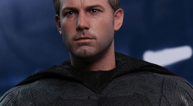 hot-toys-justice-league-batman-figure