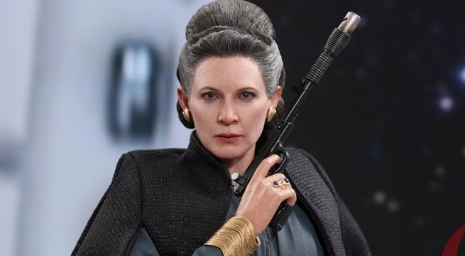 hot-toys-leia-top