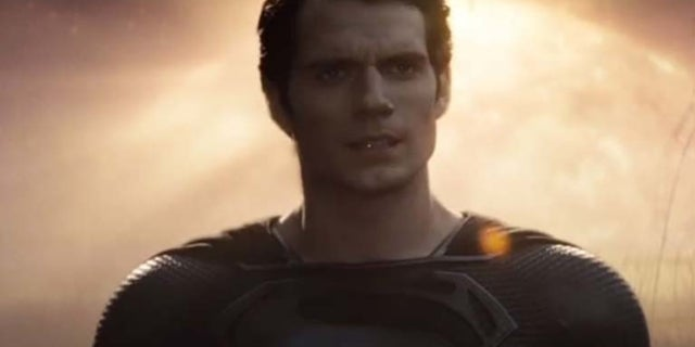 Justice League Director Zack Snyder Shares Shirtless Clark At Kent Farm With Lois From Snyder Cut