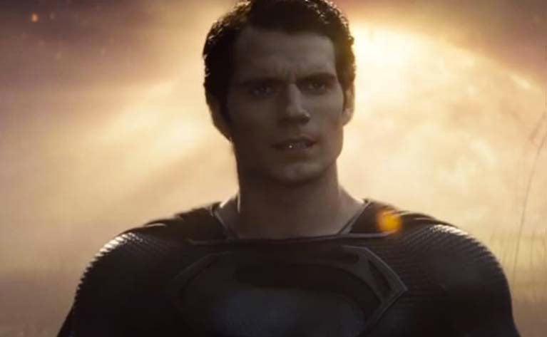 justice-league-black-superman-costume-scenes-cut