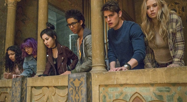 runaways-season-1-cliffhanger-allegra-acosta