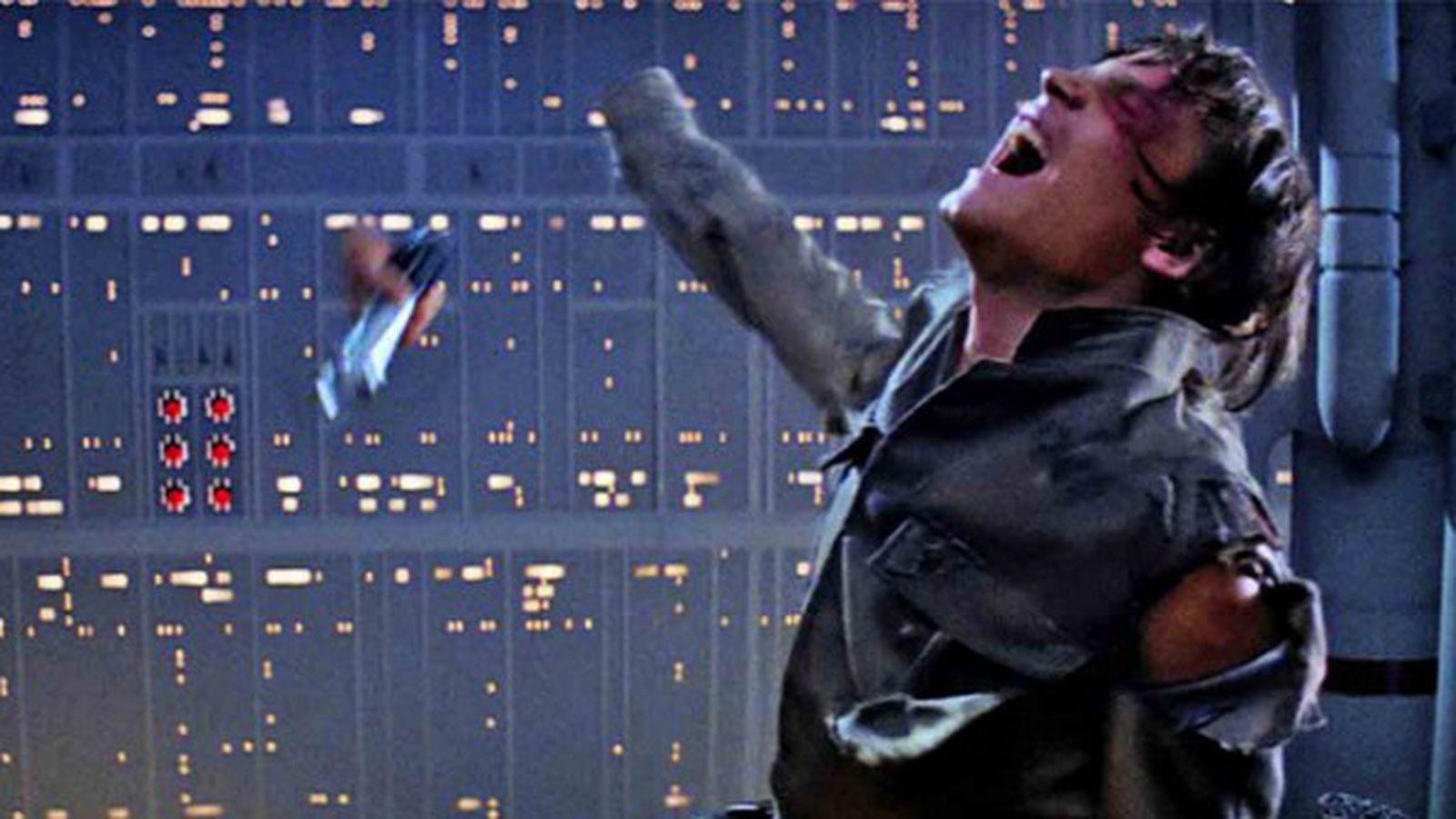 star wars the empire strikes back luke hand lightsaber