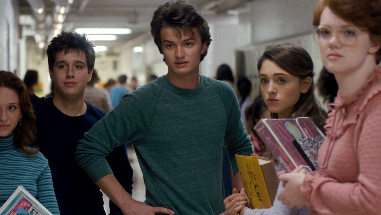 Stranger Things Joe Keery Promises To Shave His Head If David