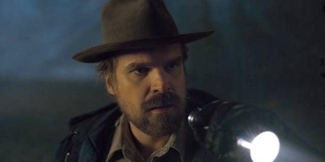 stranger-things-stairwell-theory-david-harbour