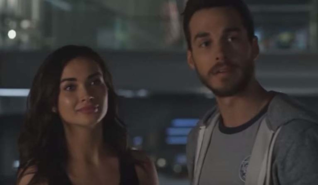 Supergirl' Fan Theory Suggests Mon-El's Marriage Isn't Real
