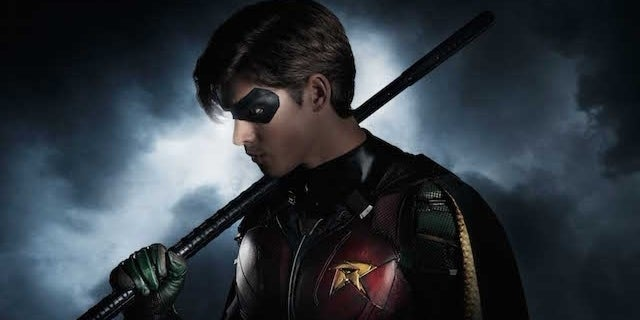 titans-robin-photo-brenton-thwaites