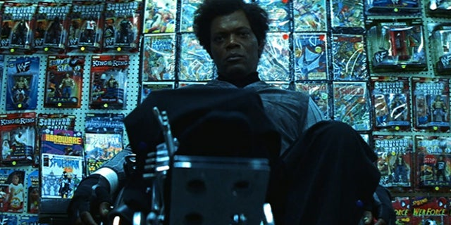 unbreakable movie glass comic shop samuel l jackson