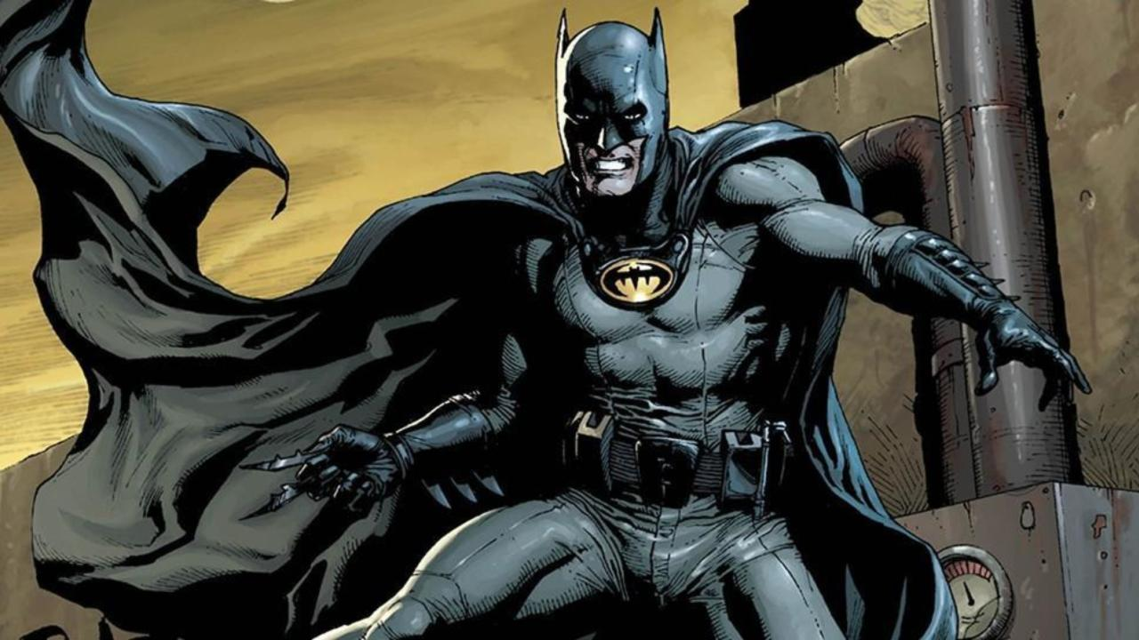& Yellow Oval Confirmed to Return to Batmanu0027s Costume
