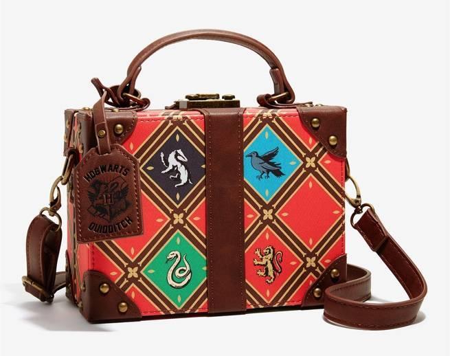 harry-potter-trunk-bag