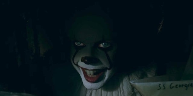 pennywise it movie sewer