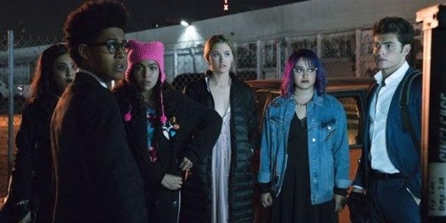 runaways season finale showdown