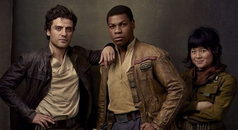 star-wars-the-last-jedi-finn-poe-romance-rose