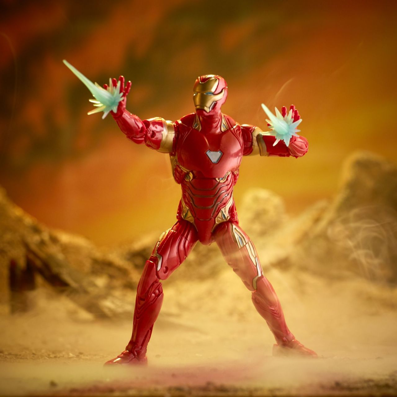Avengers Infinity War Hasbro Figures - Iron Man Bleeding Edge
