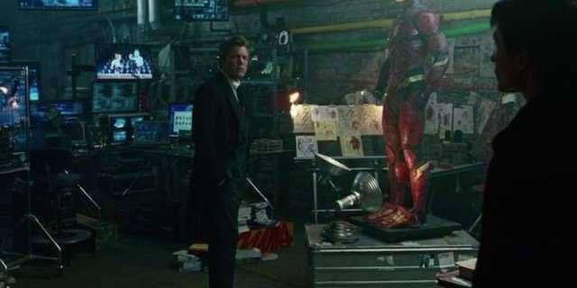 justice-league-bruce-wayne-the-flash