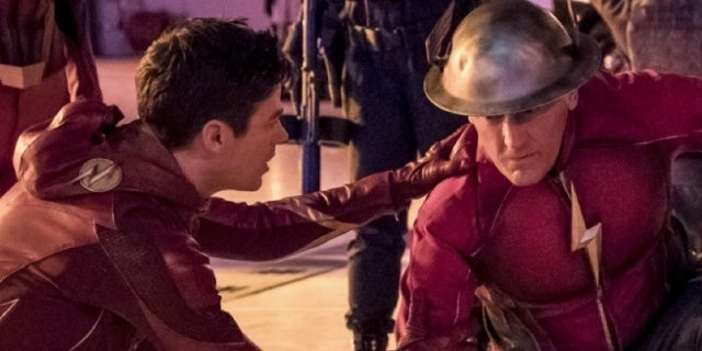 the flash enter flashtime photos