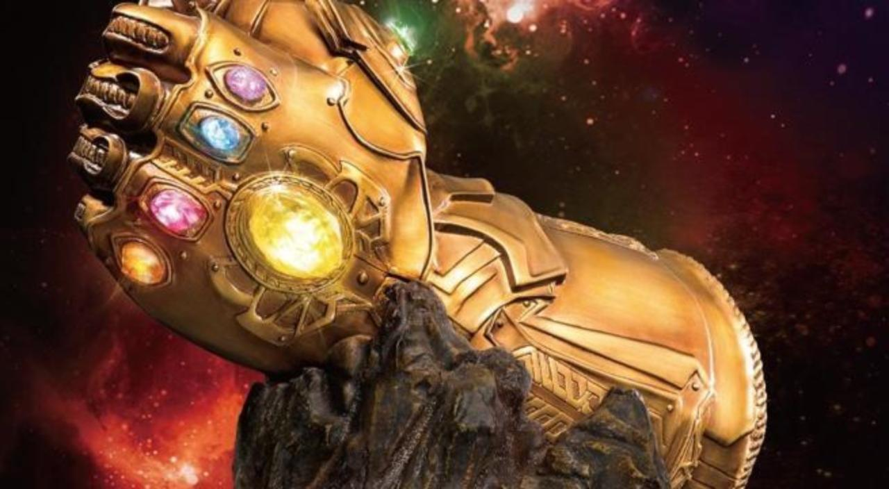 this avengers infinity war infinity gauntlet replica is a budget