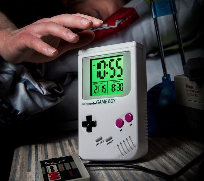 game-boy-alarm-clock