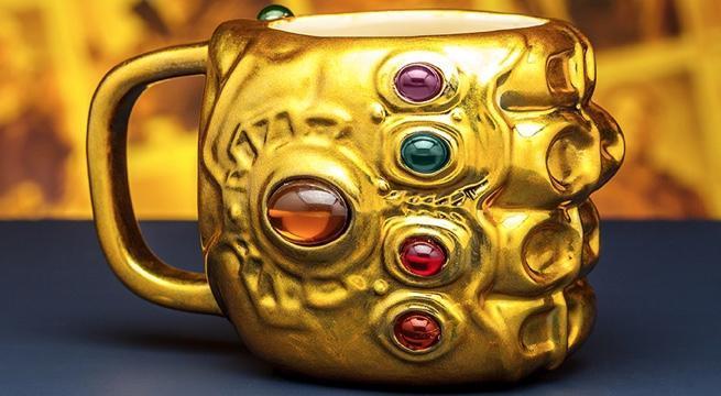 infinity-gauntlet-coffee-mug