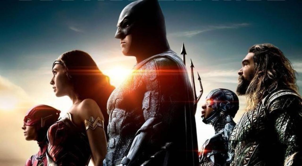 Aquaman Star Jason Momoa Shares Mini-Justice League Reunion Photo With Wonder Woman's Gal Gadot