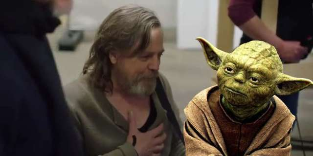 star-wars-the-last-jedi-luke-yoda-reunion-mark-hamill