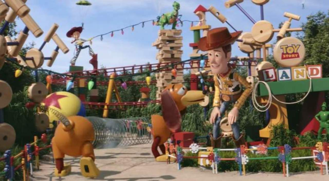 Disney World Toy Story Land Trailer Released