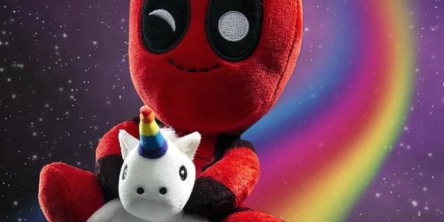 Deadpool_riding_unicorn_2048x