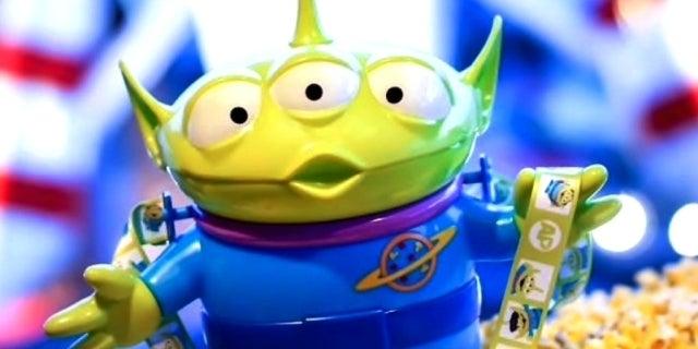 Disneyland Little Green Men popcorn bucket - Disney Food Blog
