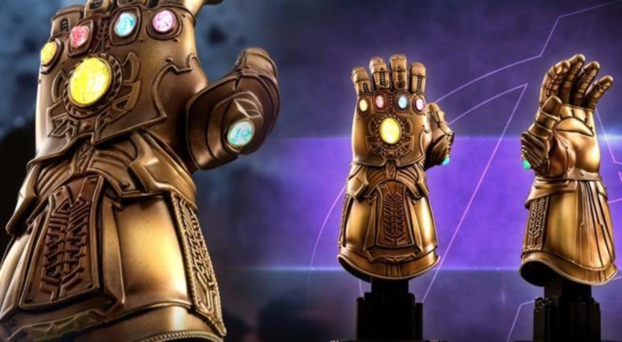 Infinity War Infinity Gauntlet Light-Up Replica ACS003 Marvel Avengers