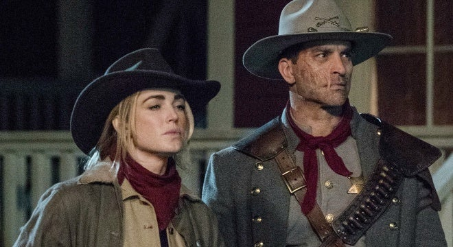 legends of tomorrow season 3 finale photos