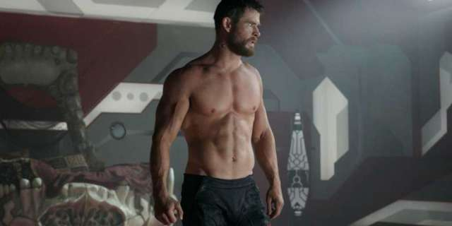 shirtless thor chris hemsworth
