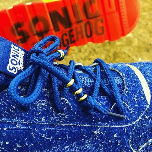 And you can see the Sonic the Hedgehog insignia on the tongue of each shoe d6e5d36ea