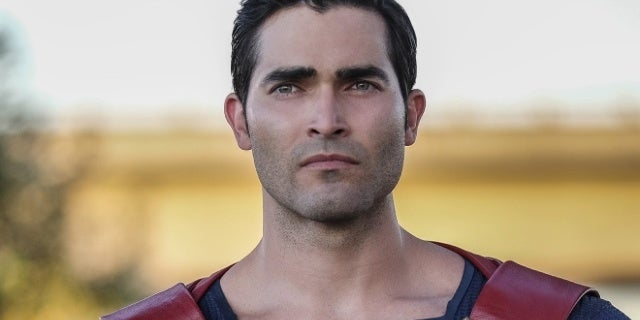 supergirl superman tyler hoechlin